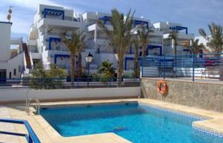 Pueblo Dorado Apartamentos - Hotel - 2