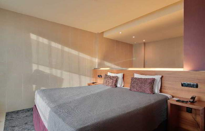Rafael Hoteles Badalona - Room - 24