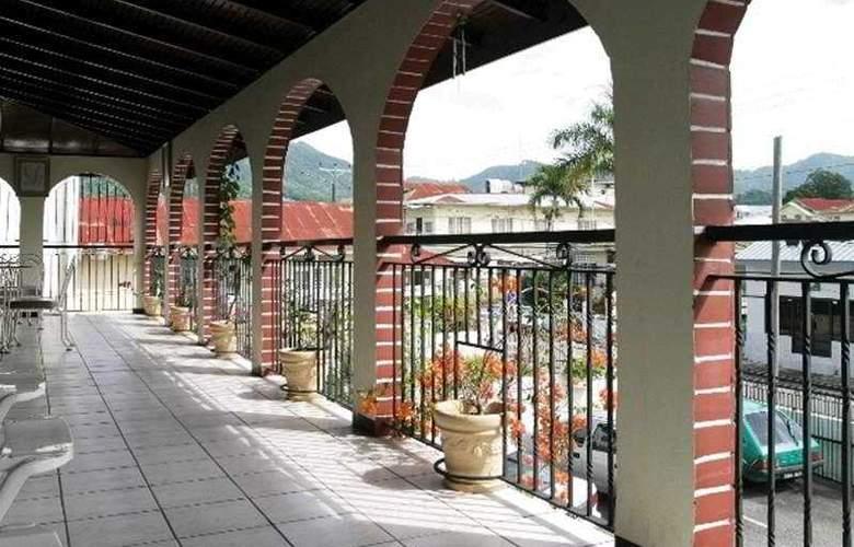 Par May Las Inn - Terrace - 4