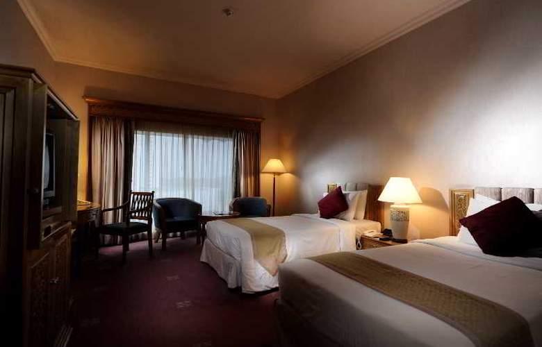 Riverside Majestic Hotel Kuching - Room - 2