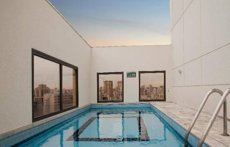 Quality Faria Lima - Pool - 8