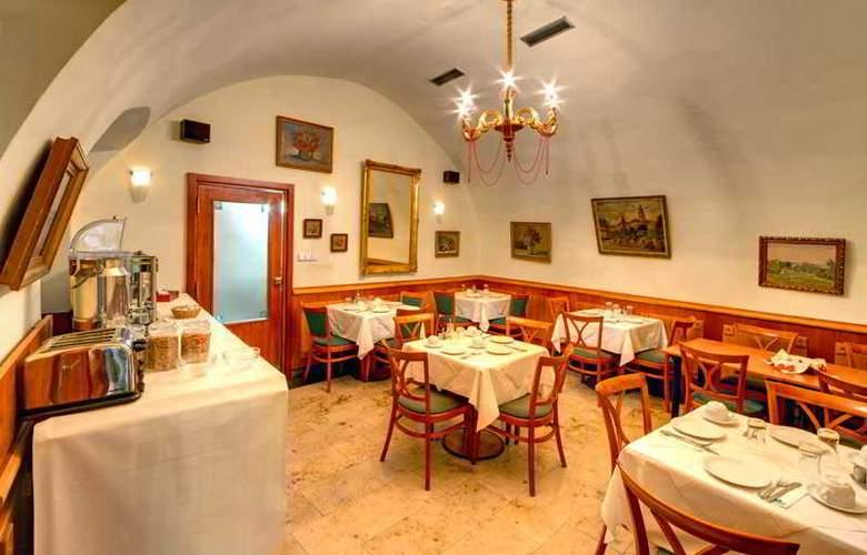 Clementin Old Town - Restaurant - 5