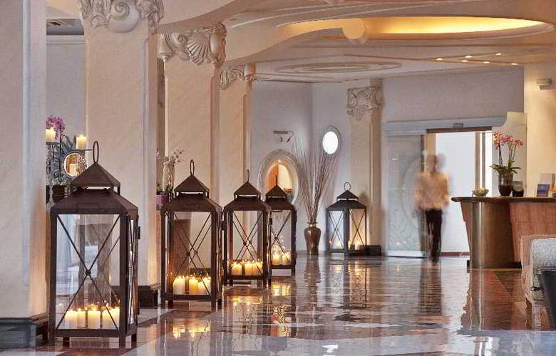Myconian Imperial Hotel and Thalasso Center - General - 11