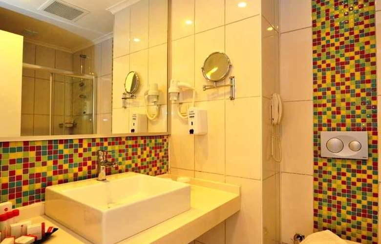 Ramada Resort Side - Room - 13