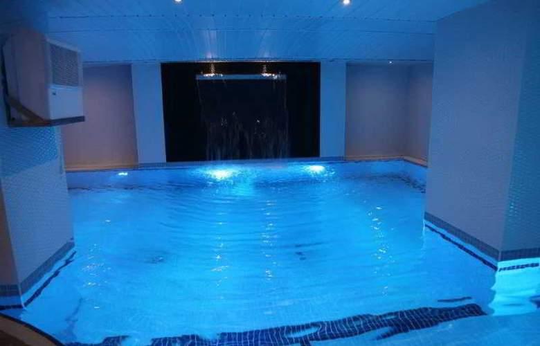 Panagia Suite Hotel - Pool - 3