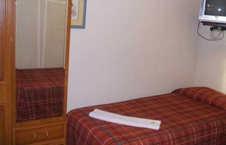 Corbigoe Hotel - Room - 2