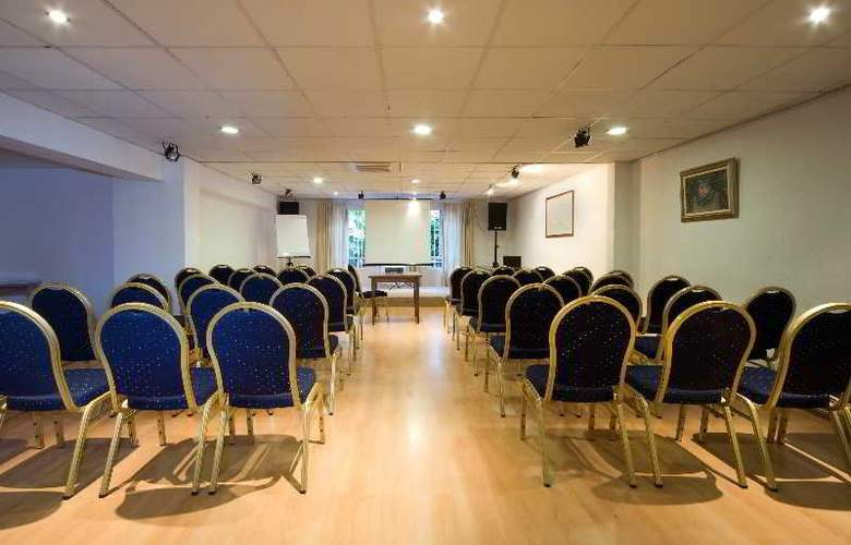 Araxa - Conference - 19