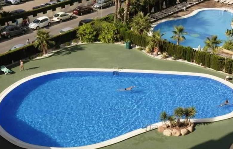 Coral Beach - Pool - 6
