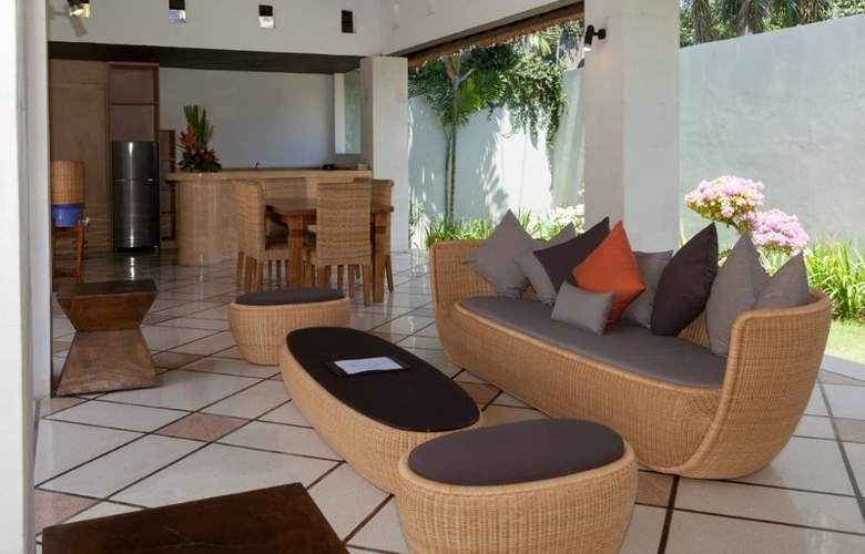 B Villa + Pool - Pool - 22