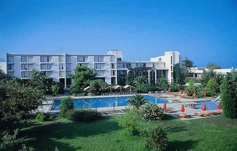 Caravia Beach - Hotel - 0