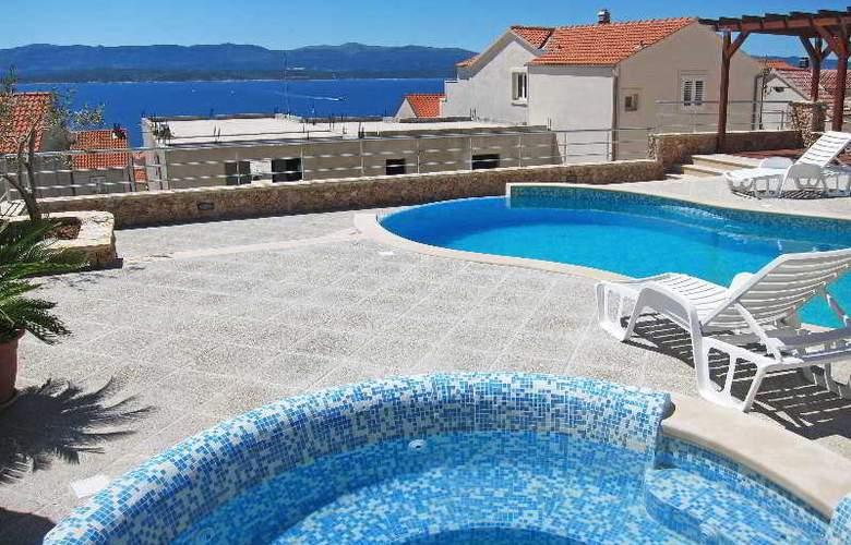 Villa Lara - Hotel - 9