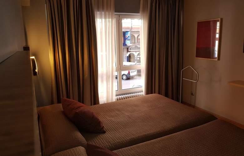 City House Alisas - Santander - Room - 5