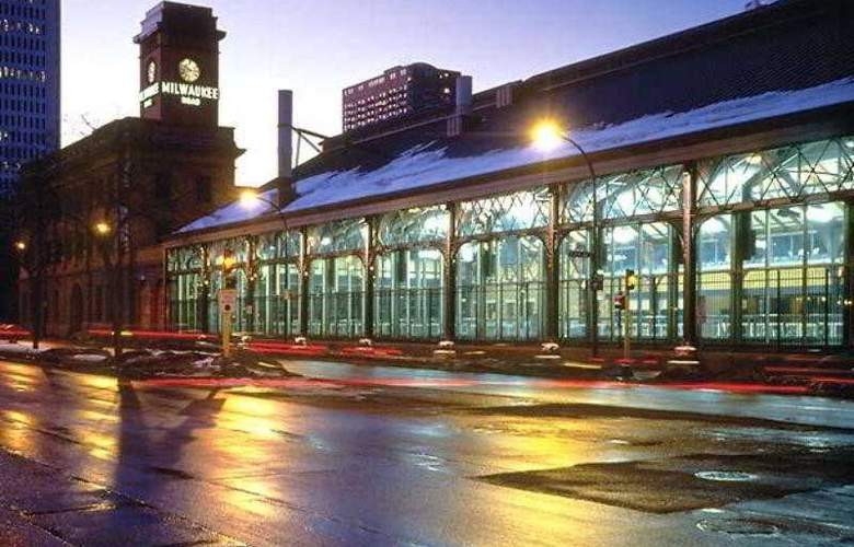 Residence Inn Minneapolis Downtown at The Depot - Hotel - 8