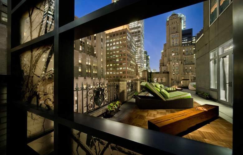 W New York - Terrace - 40