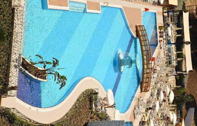 Water Side Delux Resort - Pool - 44
