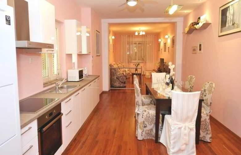 Apartments Renata - Room - 11