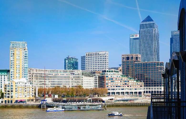 Hilton London Docklands Riverside - Hotel - 9