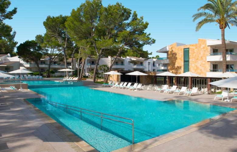 Iberostar Playa de Muro Village - Pool - 17