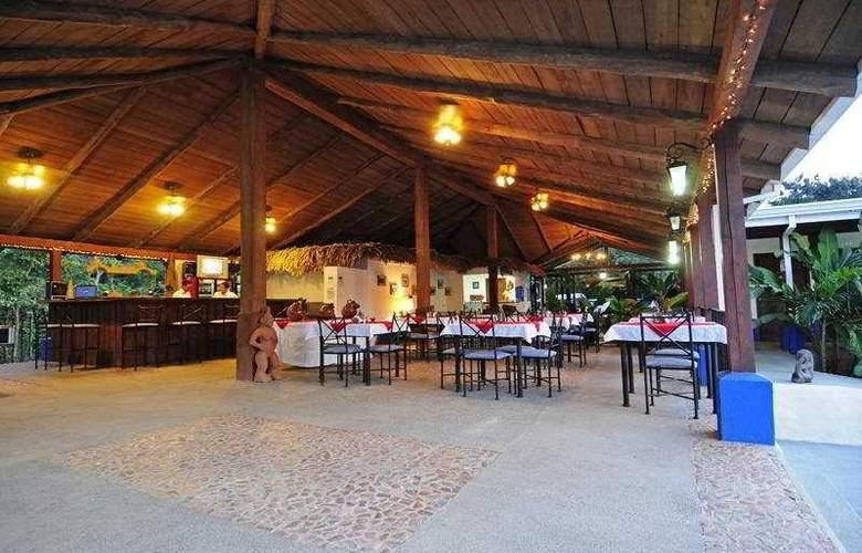 Hacienda del Mar - Bar - 9