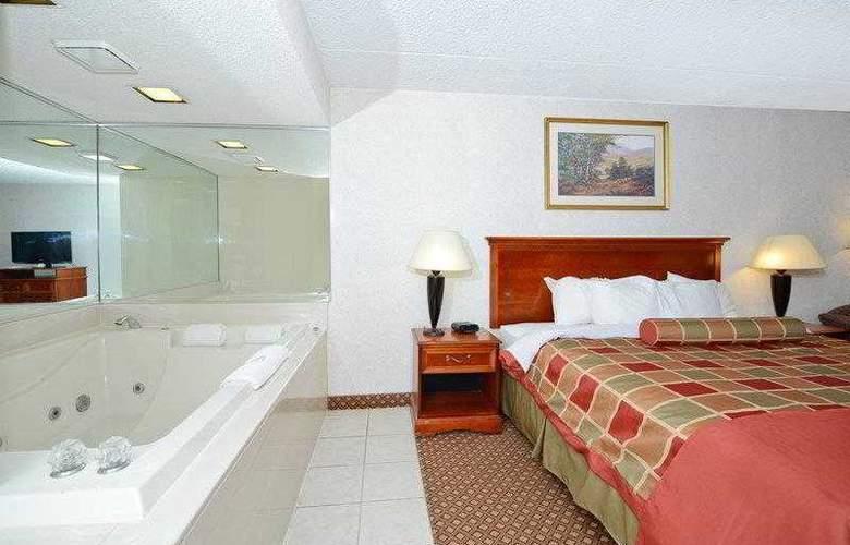 BEST WESTERN Hospitality Hotel - Hotel - 3