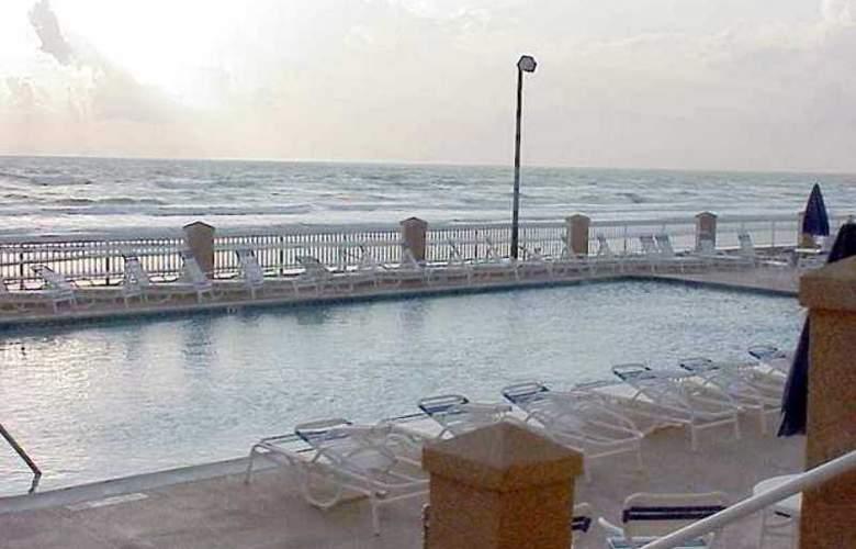 Hampton Inn Daytona Shores-Oceanfront - Hotel - 4