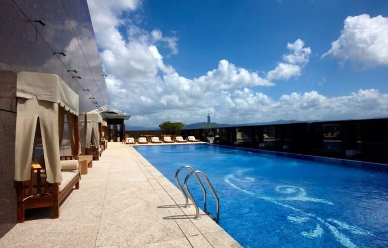 The Okura Prestige - Pool - 8