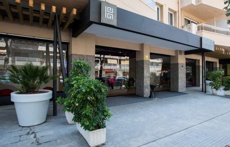 California Apartamentos - Hotel - 4