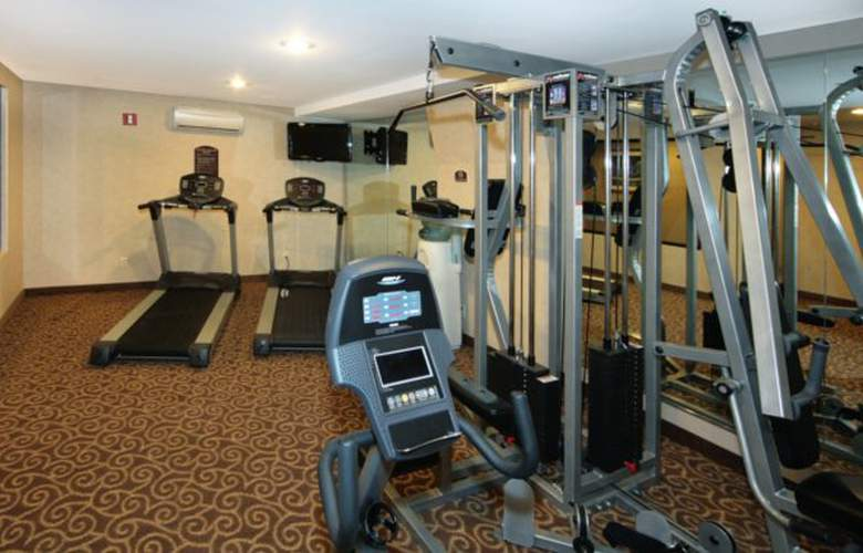 Comfort Inn Staten Island - Sport - 6
