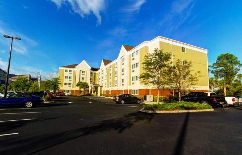 Candlewood Suites Fort Myers - Hotel - 5