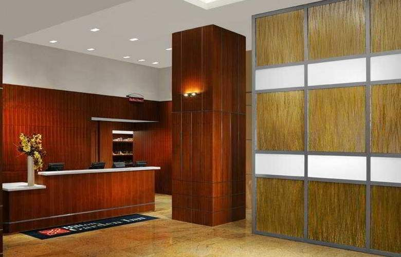 Hilton Garden Inn New York/West 35 Street - General - 1