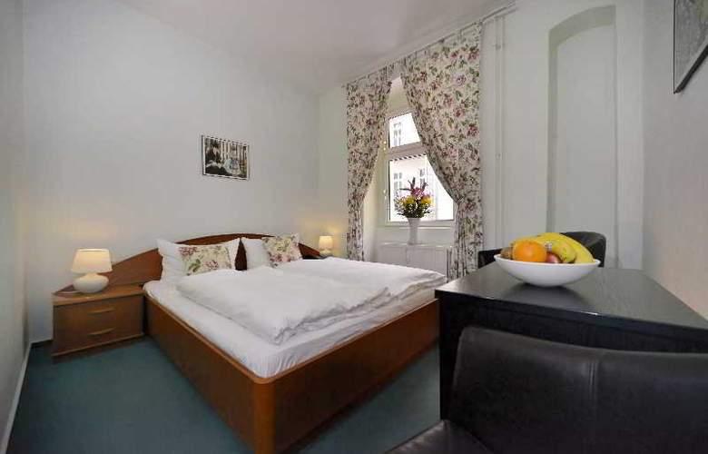 Old Town Hotel Greifswalder Strasse - Room - 3