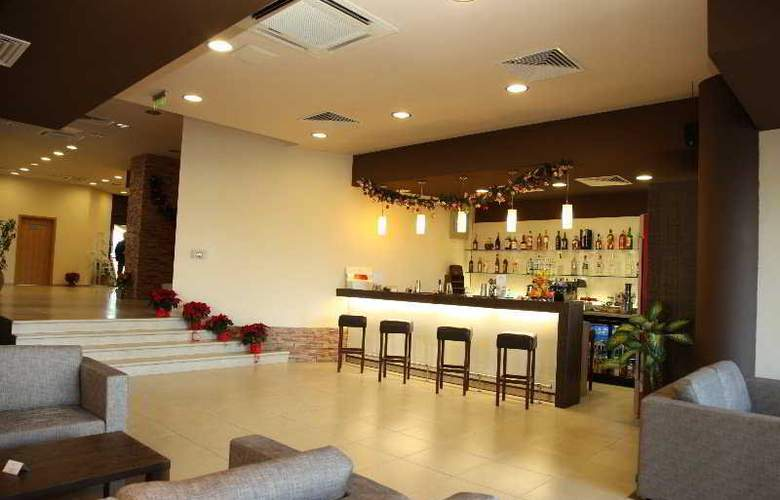 Aspen Resort Golf, Ski & Spa - Bar - 8