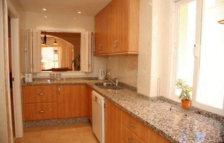 Apartamentos Jardines de Santa Maria Golf - Room - 1
