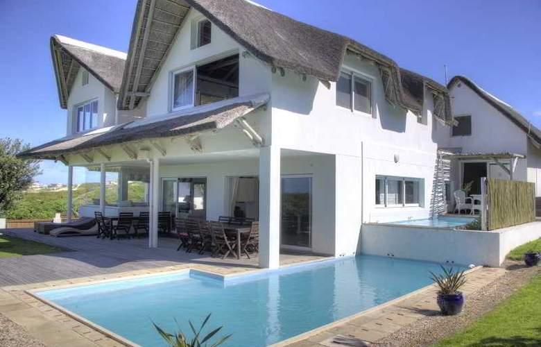Cape St Francis Resort - Pool - 24