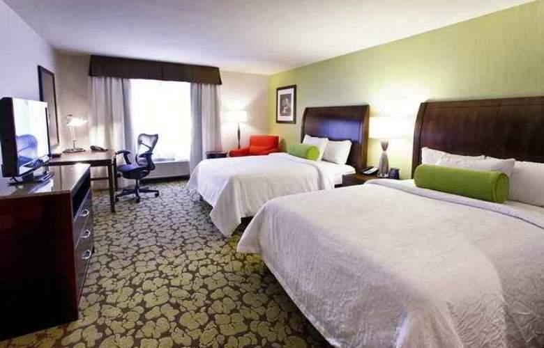 Hilton Garden Inn Staten Island - Hotel - 7