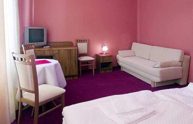 Villa Royal - Room - 4