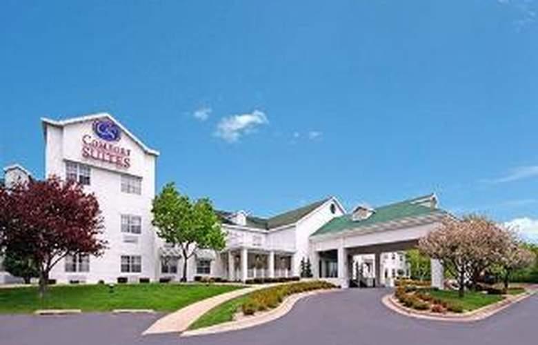 Comfort Suites Appleton Airport - Hotel - 0