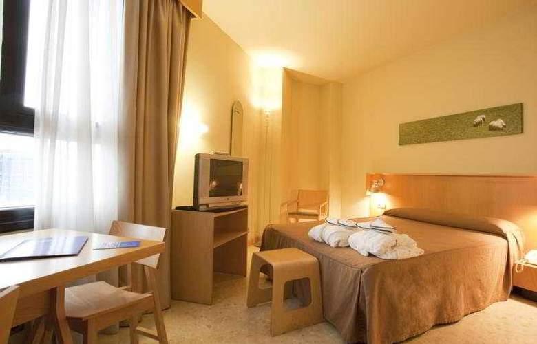 Apartahotel Exe Campus San Mamés - Room - 4