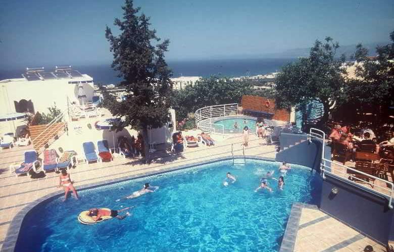Esperides Villas - Pool - 10