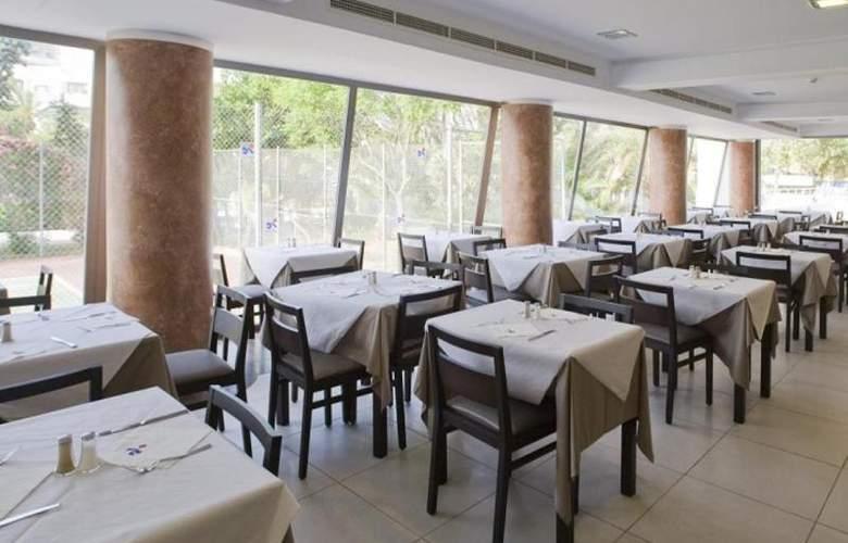 Fergus Bermudas - Restaurant - 78