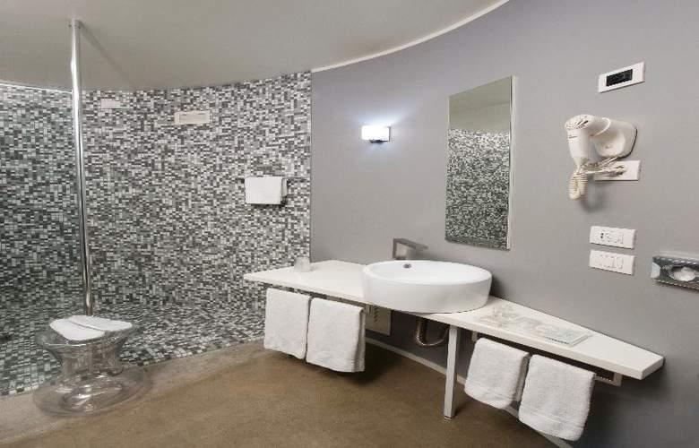 MO.OM Hotel - Room - 9