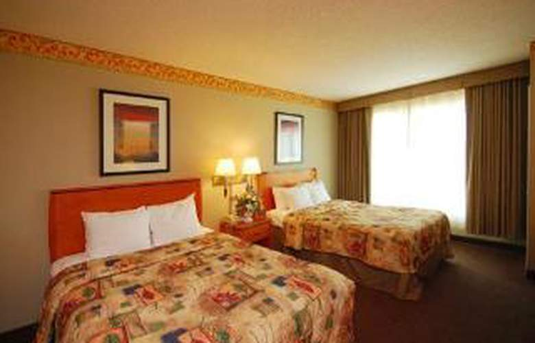 Sleep Inn & Suites - Room - 4