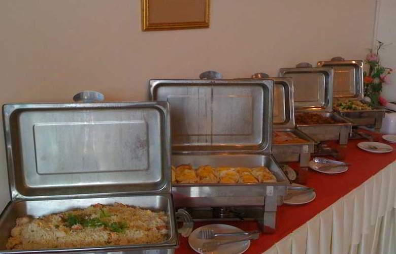 Narawan - Restaurant - 16