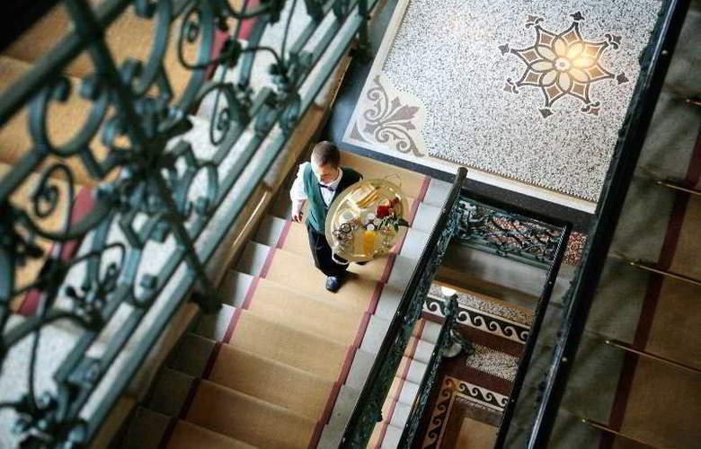 Art Le Palais - Hotel - 6