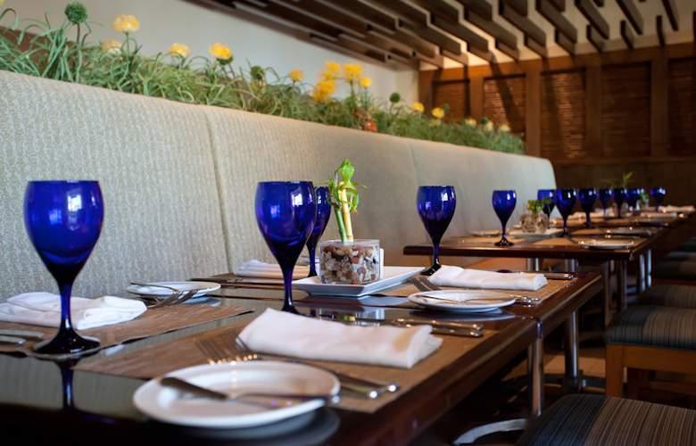 The Westin Dawn Beach Resort & Spa - Restaurant - 1