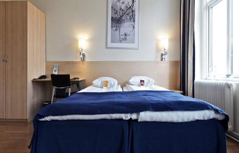 Comfort Hotel City Center - Room - 4