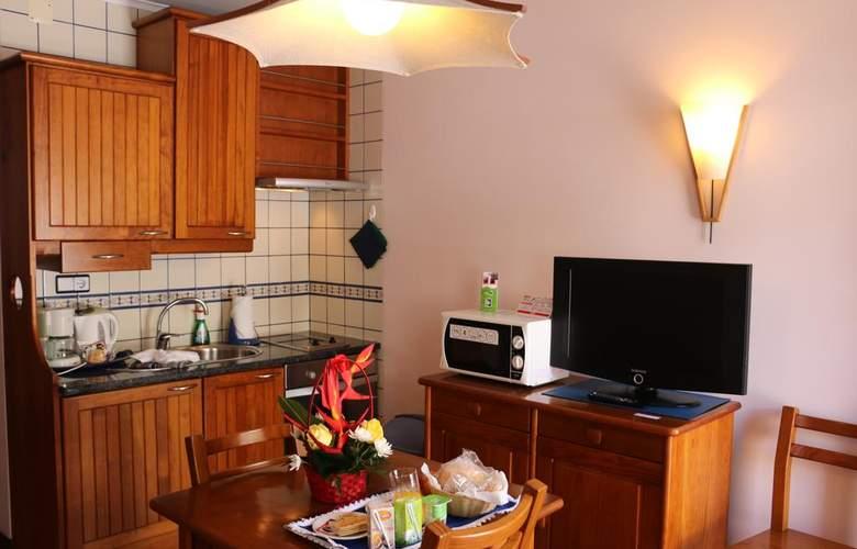 Apartamentos Turísticos Verde Mar - Room - 5