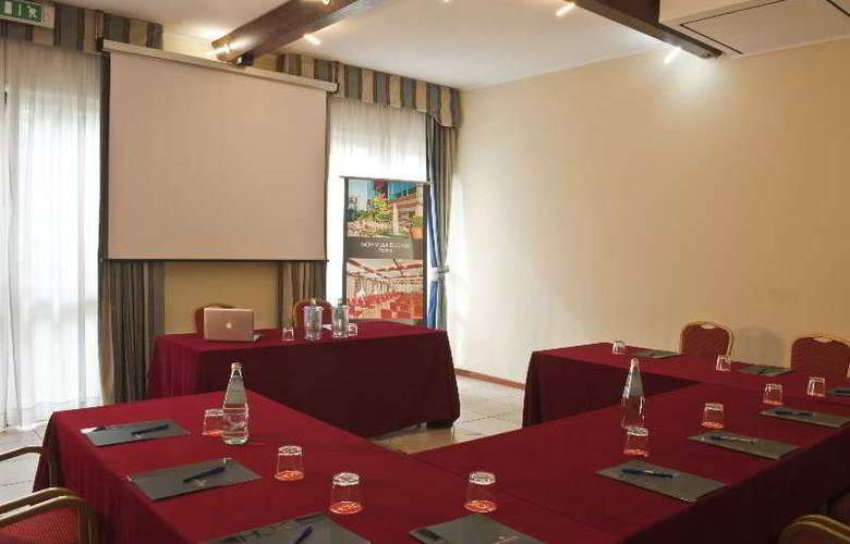 CDH Hotel Villa Ducale - Conference - 3