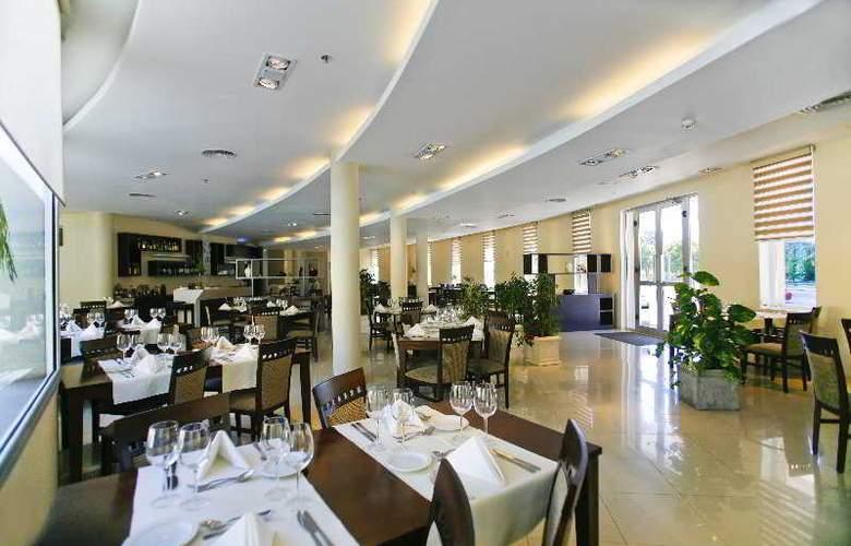 Quorum Cordoba Hotel: Golf, Tenis & Spa - Restaurant - 24