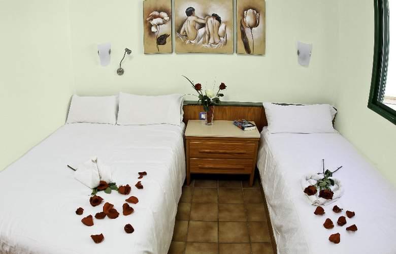 Club Maspalomas - Room - 4